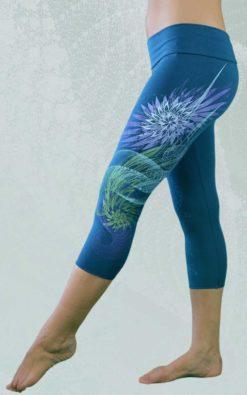 luma-capris-yoga-pants-bamboo-blue-01